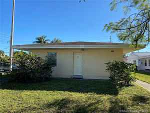 535 000$ - Miami-Dade County,North Miami Beach; 2686 sq. ft.
