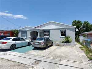 359 999$ - Miami-Dade County,Miami; 2068 sq. ft.