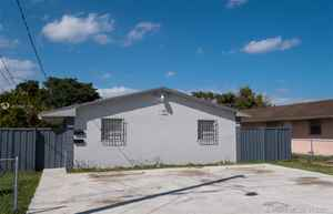 332 000$ - Miami-Dade County,Miami; 1680 sq. ft.