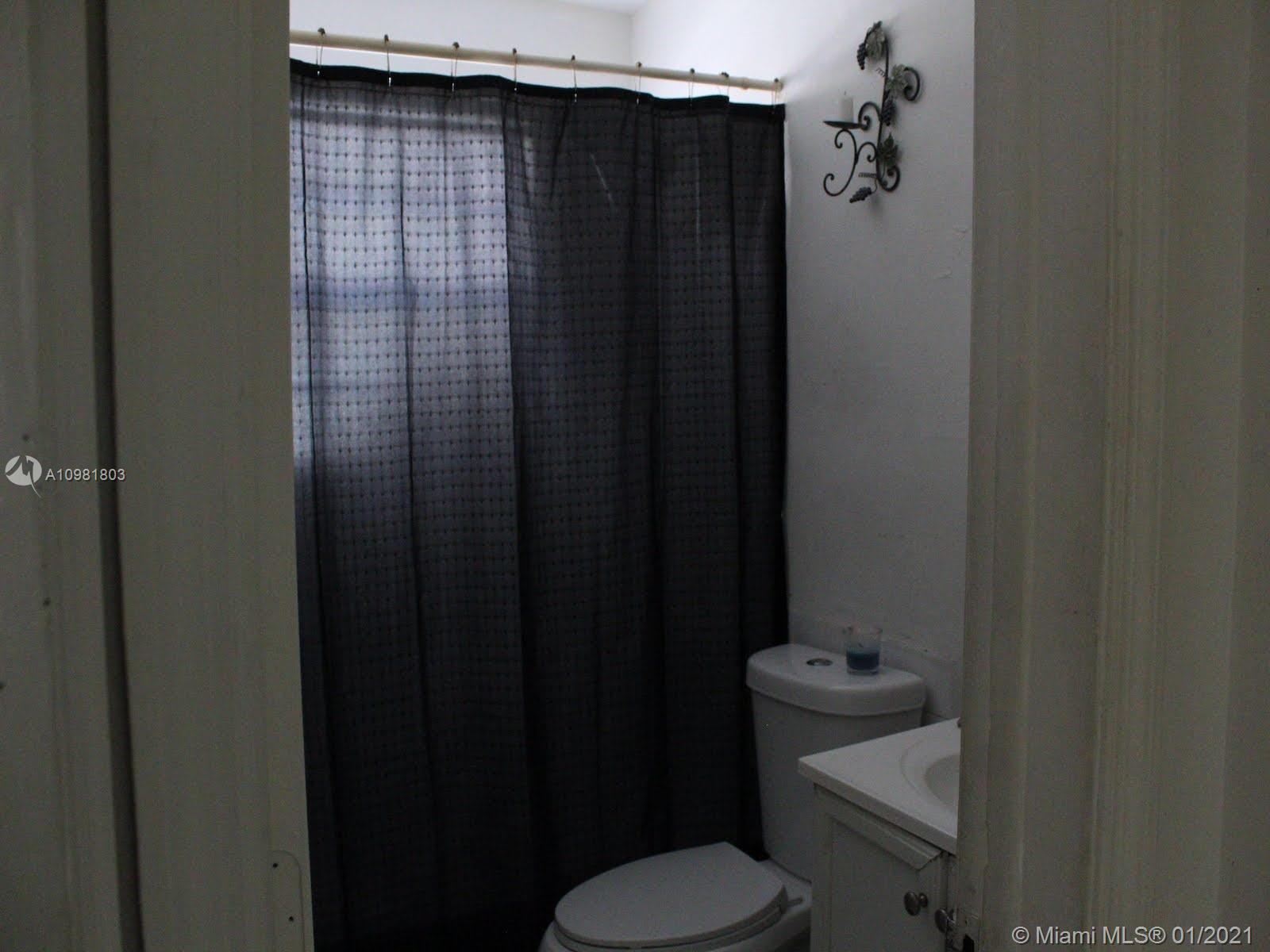 /  1255 sq. ft. $ 2021-01-11 0 Photo
