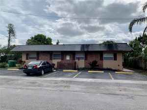 565 000$ - Broward County,Lauderhill; 3170 sq. ft.