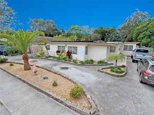 450 000$ - Miami-Dade County,Miami; 2393 sq. ft.