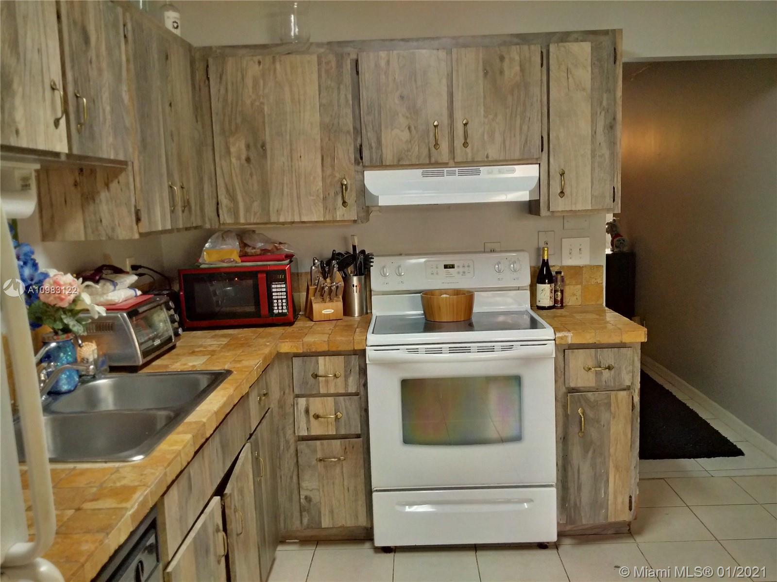/  2280 sq. ft. $ 2021-01-13 0 Photo