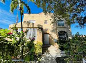 550 000$ - Miami-Dade County,Miami; 3474 sq. ft.