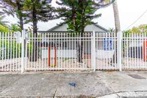 900 000$ - Miami-Dade County,Miami; 3116 sq. ft.