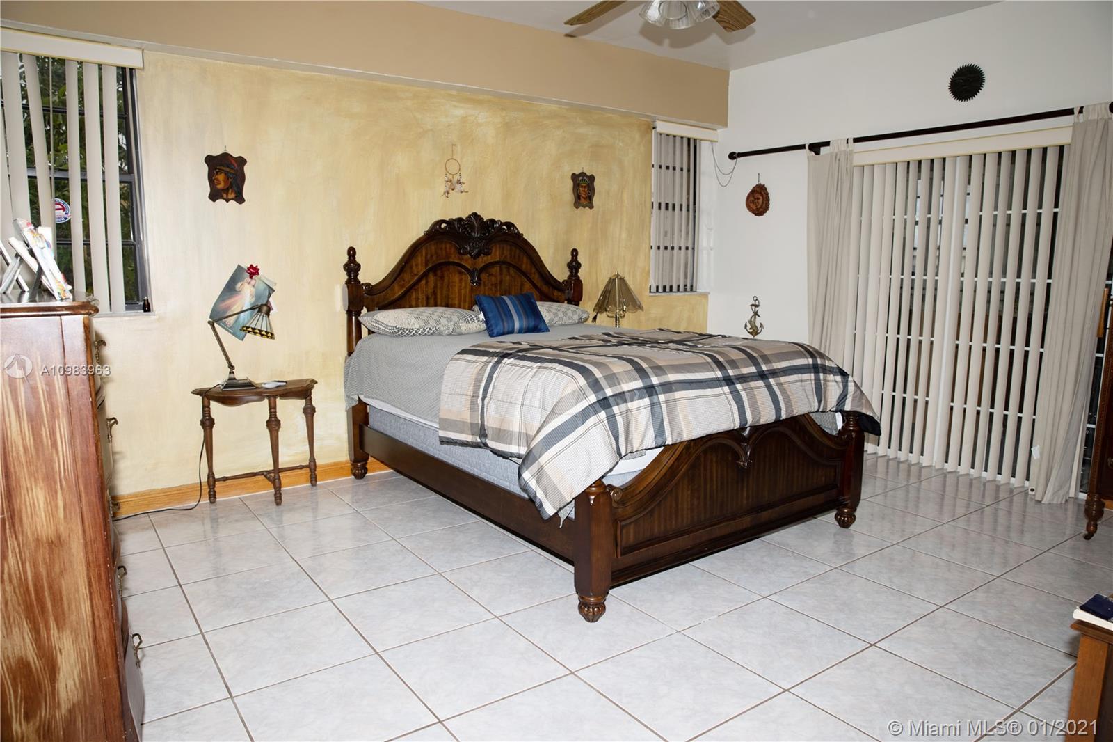 /  5514 sq. ft. $ 2021-02-03 0 Photo