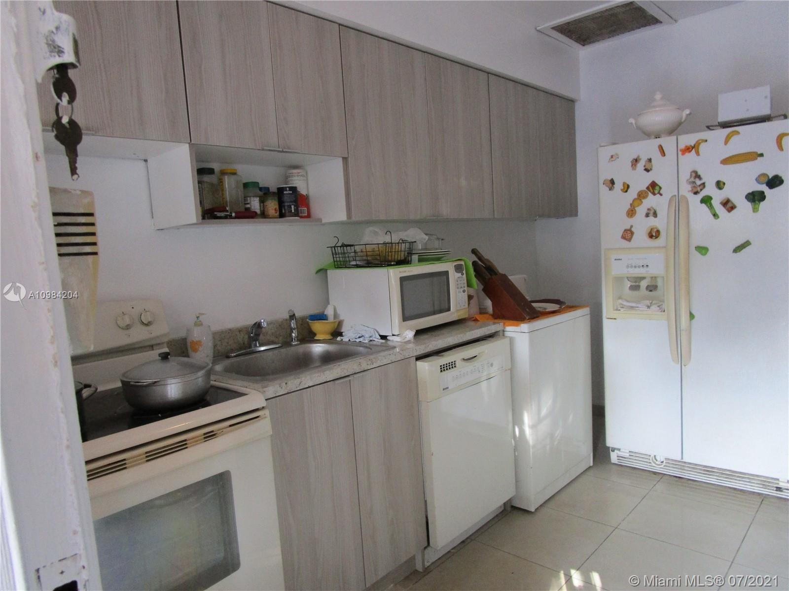 /  2060 sq. ft. $ 2021-03-23 0 Photo