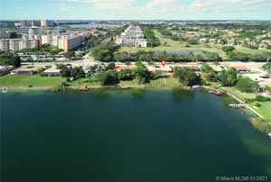 900 000$ - Miami-Dade County,Miami; 15000 sq. ft.