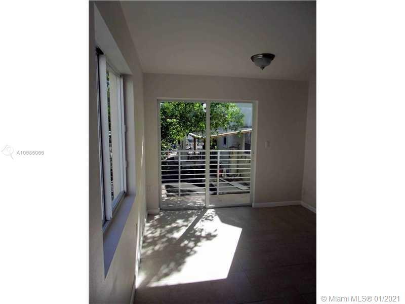 /  3276 sq. ft. $ 2021-03-31 0 Photo