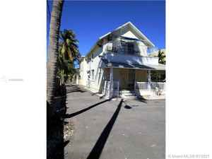 829 000$ - Miami-Dade County,Miami; 3549 sq. ft.