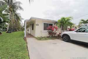 915 000$ - Broward County,Dania Beach; 2266 sq. ft.