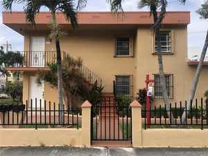 575 000$ - Miami-Dade County,Miami; 2550 sq. ft.