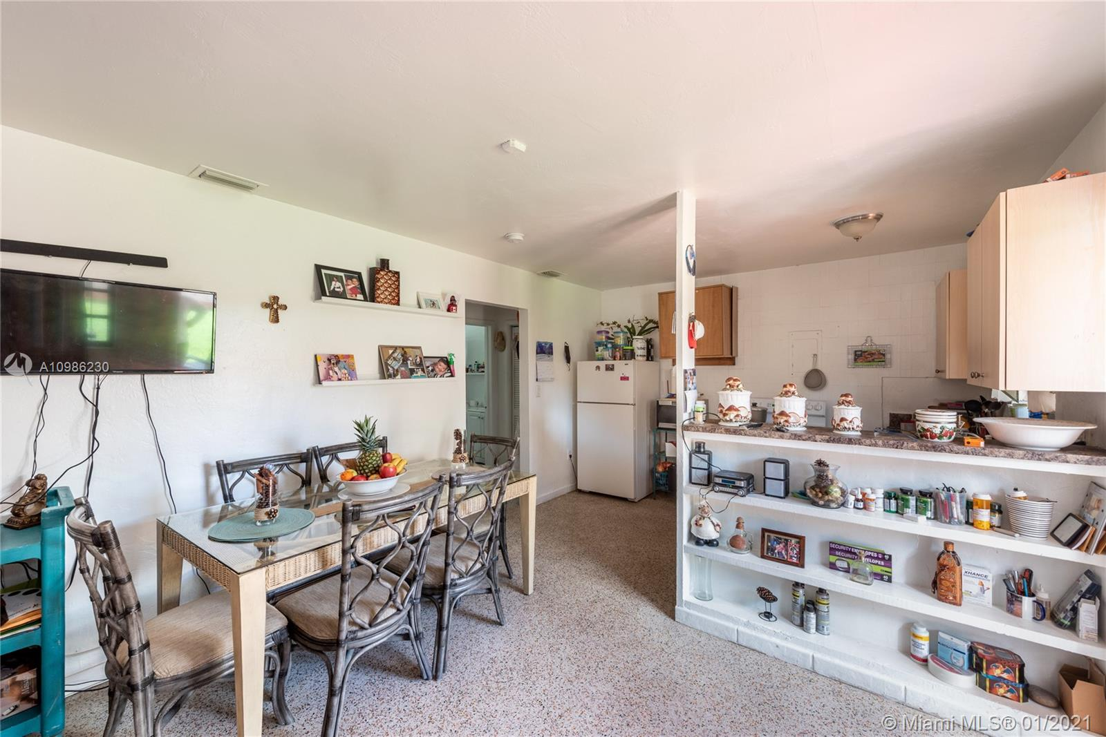 /  4785 sq. ft. $ 2021-02-23 0 Photo