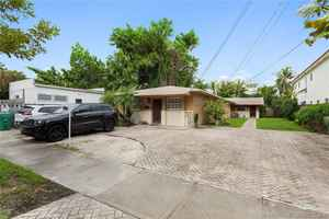 1 495 000$ - Miami-Dade County,Miami; 3060 sq. ft.