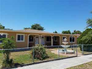 435 000$ - Miami-Dade County,Hialeah; 2444 sq. ft.