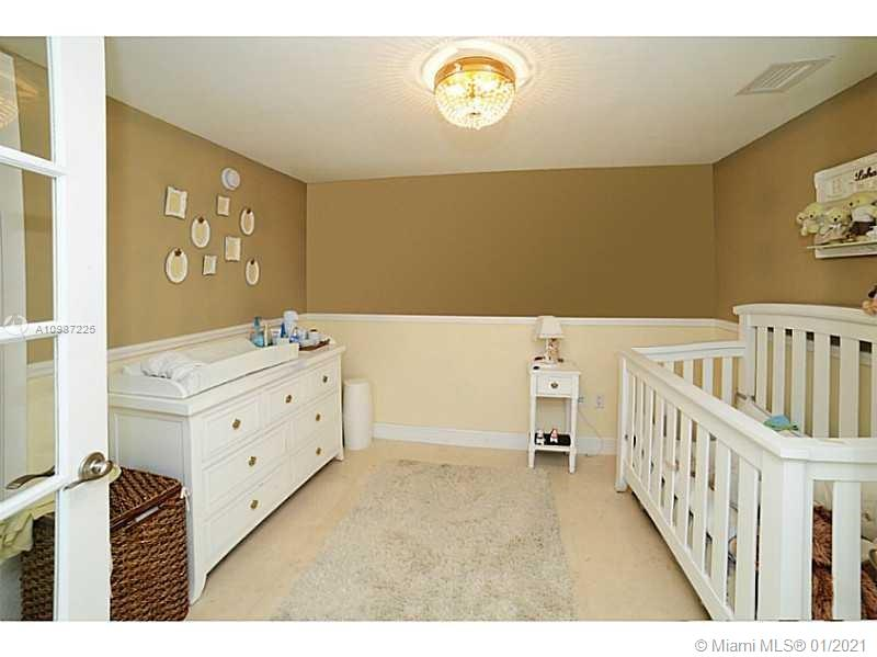 607 3 / 3 1571 sq. ft. $ 2021-01-21 0 Photo
