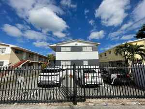650 000$ - Miami-Dade County,Miami; 2781 sq. ft.
