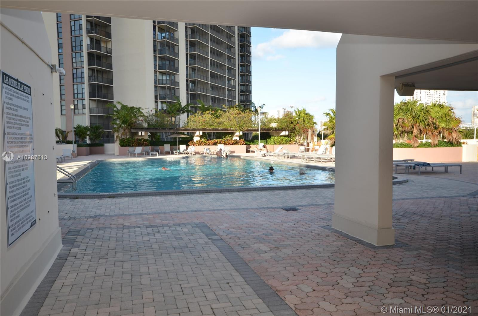 Photo of 20335 Country Club Dr #1709, Aventura, Florida, 33180 -