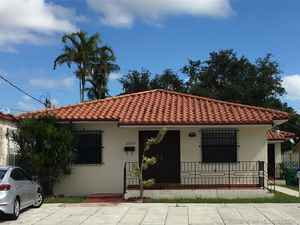 725 000$ - Miami-Dade County,Miami; 3214 sq. ft.