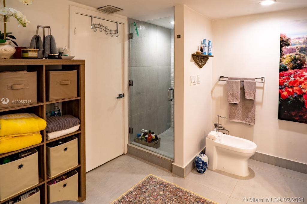 Photo of 19355 Turnberry Way #9L, Aventura, Florida, 33180 -