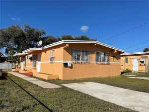 280 000$ - Miami-Dade County,Opa-Locka; 1370 sq. ft.