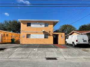 625 000$ - Miami-Dade County,Opa-Locka; 4800 sq. ft.