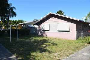 495 000$ - Broward County,Hollywood; 2408 sq. ft.