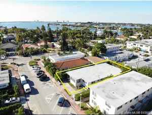 1 113 000$ - Miami-Dade County,Miami Beach; 2827 sq. ft.