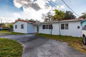 599 900$ - Miami-Dade County,Miami; 2386 sq. ft.