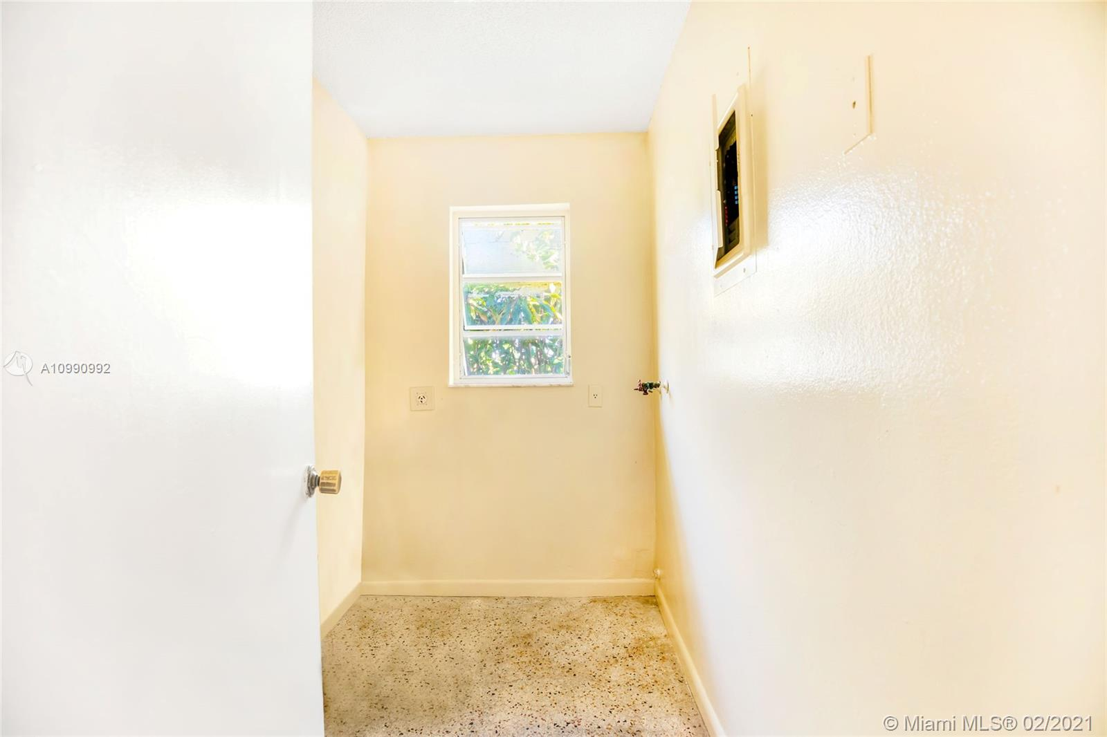 /  2640 sq. ft. $ 2021-01-29 0 Photo