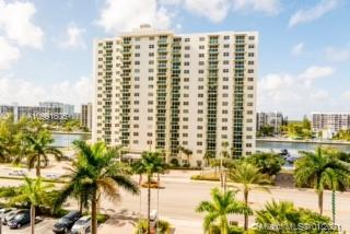 Photo of 3001 Ocean Dr #639, Hollywood, Florida, 33019 -