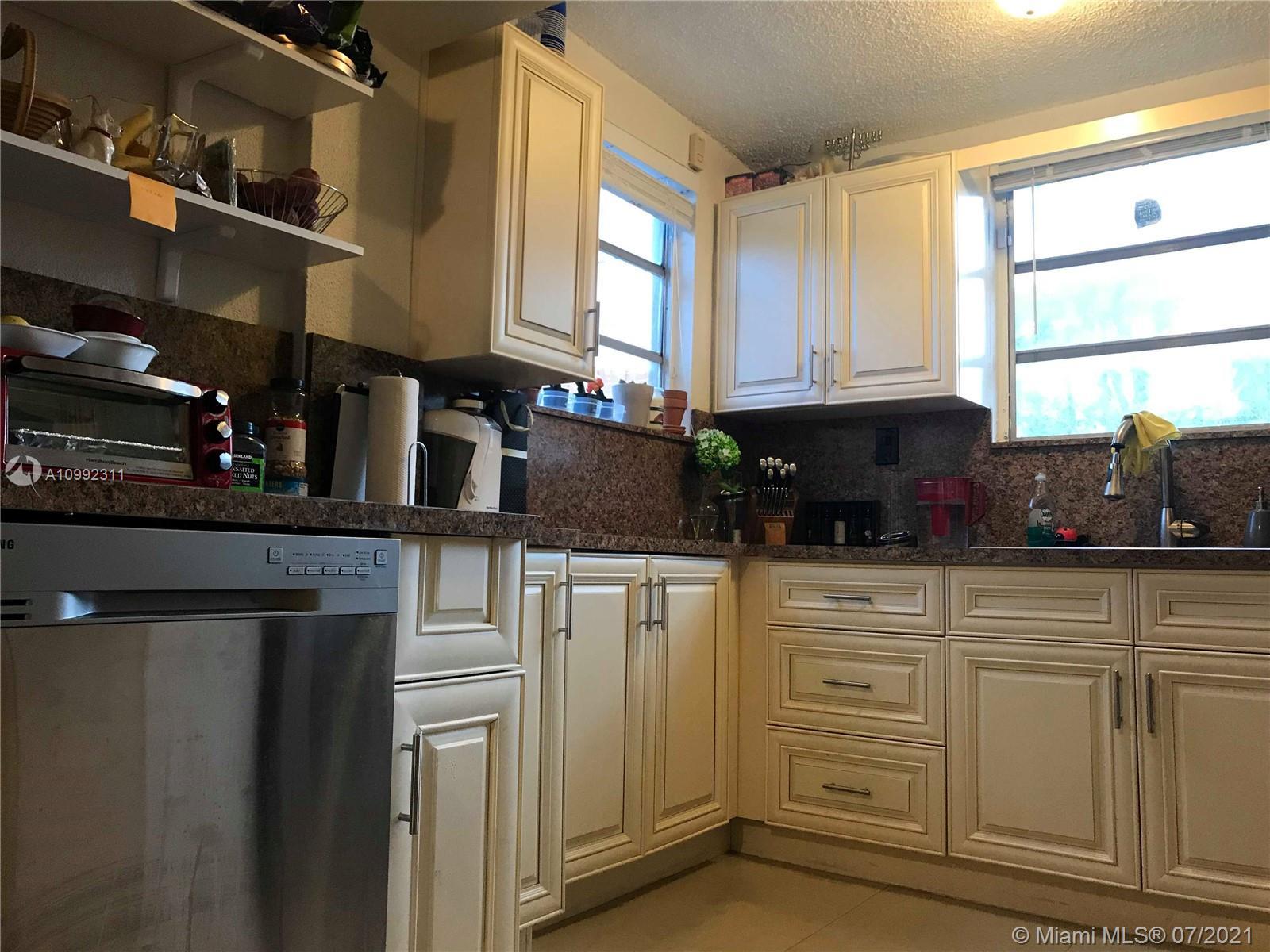/  2458 sq. ft. $ 2021-03-31 0 Photo