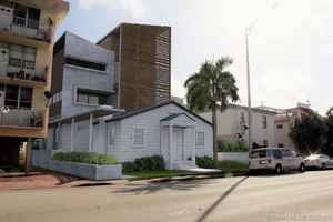 1 400 000$ - Miami-Dade County,Miami Beach; 2010 sq. ft.