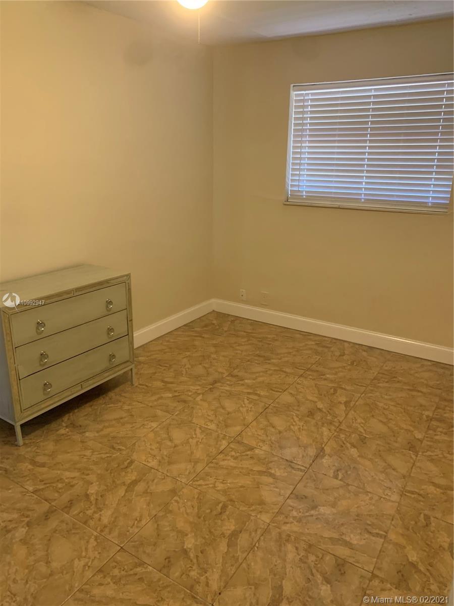 /  972 sq. ft. $ 2021-03-10 0 Photo