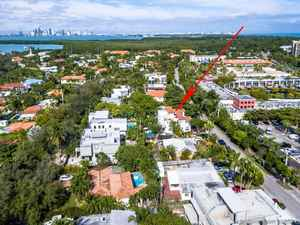 2 950 000$ - Miami-Dade County,Key Biscayne; 4756 sq. ft.