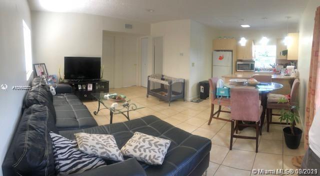 /  3115 sq. ft. $ 2021-03-31 0 Photo