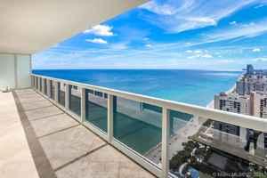 4 500$ - 3704; beds: 3 / baths:3; 1675 sq. ft.