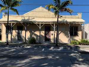 249 900$ - Miami-Dade County,Homestead; 3500 sq. ft.