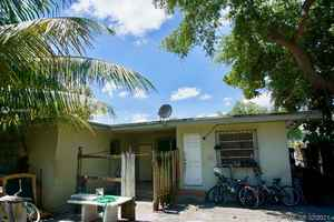 495 000$ - Miami-Dade County,Miami; 2403 sq. ft.