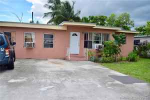 399 500$ - Miami-Dade County,Miami; 2650 sq. ft.