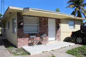 460 000$ - Miami-Dade County,Miami; 1677 sq. ft.