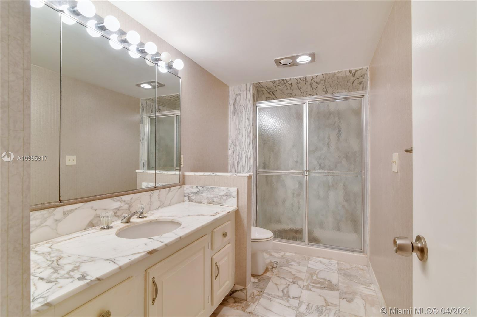 Photo of 9801 Collins Ave #5H, Bal Harbour, Florida, 33154 - 2 nd Bedroom