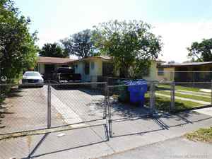 455 000$ - Miami-Dade County,Miami; 2015 sq. ft.