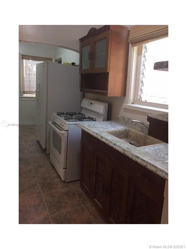 /  3575 sq. ft. $ 2021-02-10 0 Photo