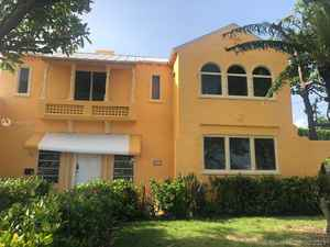 1 990 000$ - Miami-Dade County,Miami Beach; 3575 sq. ft.