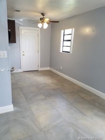 /  1560 sq. ft. $ 2021-02-10 0 Photo