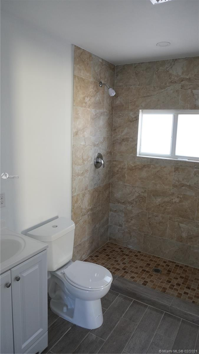 /  1324 sq. ft. $ 2021-02-10 0 Photo