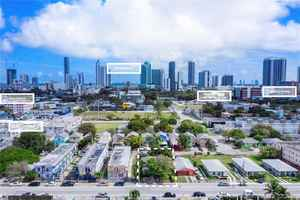 400 000$ - Miami-Dade County,Miami; 1534 sq. ft.