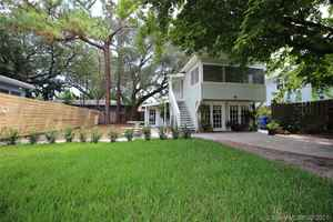1 090 000$ - Broward County,Fort Lauderdale; 2500 sq. ft.