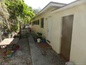 850 000$ - Miami-Dade County,Miami; 6080 sq. ft.